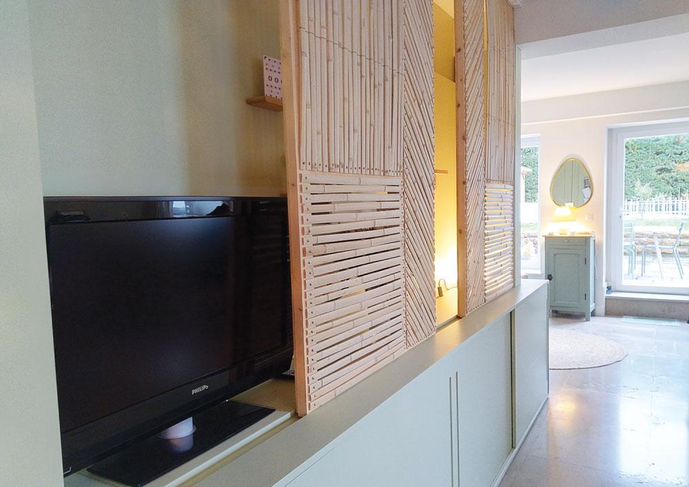 focus-panneau-coulissant-meuble-tv-d-exception-decoration